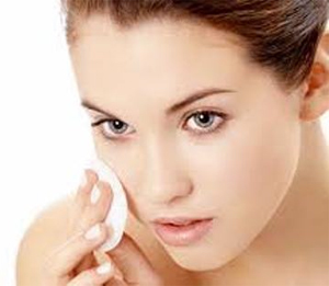 Exfoliate-Your-Skin-To-Keep-It-Deep-Clean