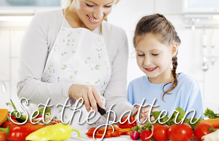 Getting-Your-Kids-To-Eat-Healthier-Eat-Healthy-Yourself