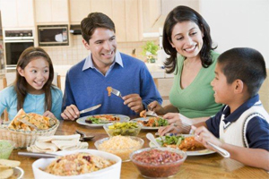 Healthy-eating-example-family