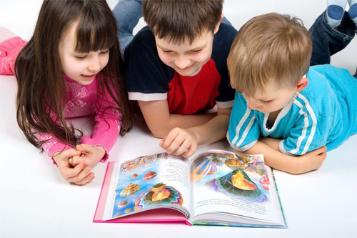 Way-To-Encourage-Your-Kids-To-Read--improve skills-
