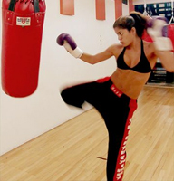 Ways-To-Make-Losing-Weight-Fun--Kickboxing,-Boxercise