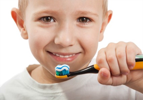 Get-Kids-To-Brush-Their-Teeth-funny-toothpaste