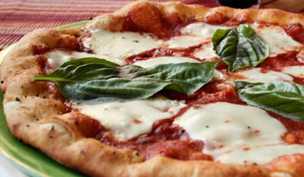 Healthy-Pizza-Option-Margherita-Pizza