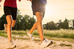Helping-A-Friend-Or-Family-Member-Lose-Weight-exercise-together