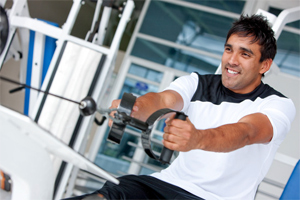 Things-You-Should-Not-Be-Doing-In-The-Gym-pay-attention