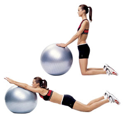 Ab-Exercise-to-Tone-Your-Abs-Gym-Ball-Rollout