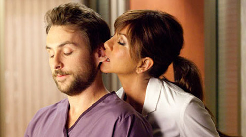 Actors-Playing-Weird-Movie-Roles-Jennifer-Aniston-as-Dr.-Julia-Harris-in-Horrible-Bosses