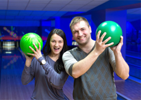 Ideas-For-Date-Night-Go-Bowling
