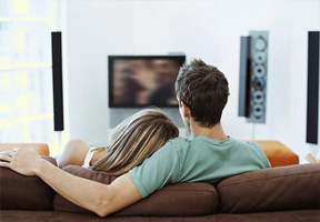 Tips-How-To-Make-Your-Sex-Life-watch-movie-together