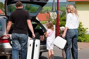 Best-Way-To-Travel-On-A-Family-Vacation-by-car