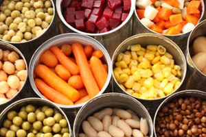 Eating-Healthy-on-a-budget-tinned-food