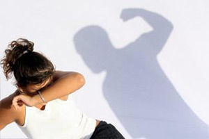 Signs-That-You-Must-End-Your-Relationship-Physical-Abuse