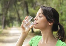 Water-is-Vital-To-A-Healthy-Eating-Lifestyle-2